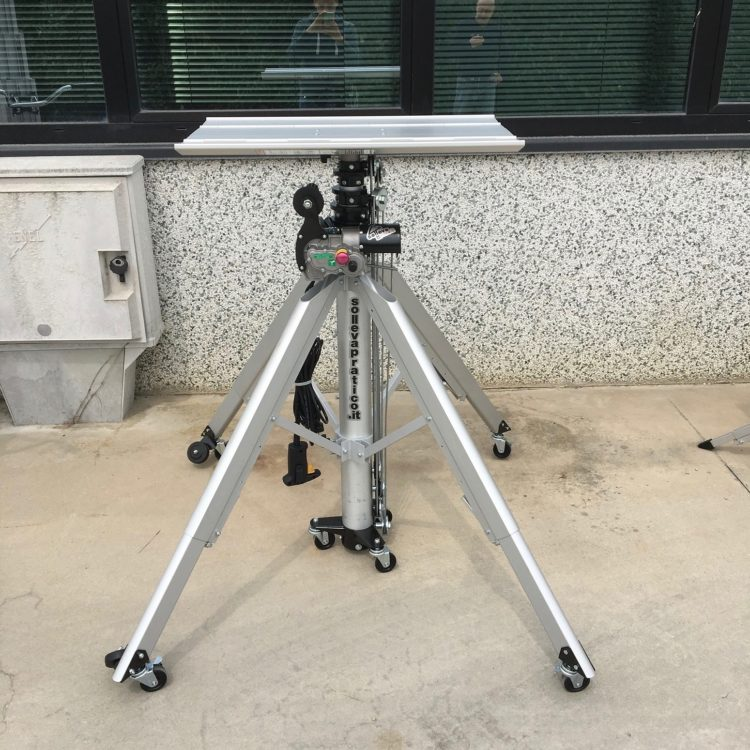 Sollevatore Elettrico Telescopico   CM 520